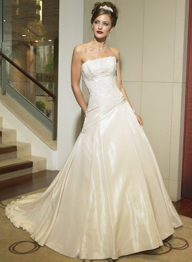 Bridal Gowns at Jodi